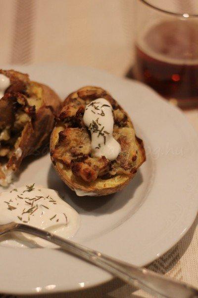 kakukkfüves gombával töltött krumpli (2)