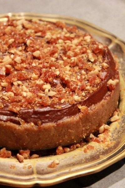 sos_mogyoros_karamellas_csokolade_torta (2)